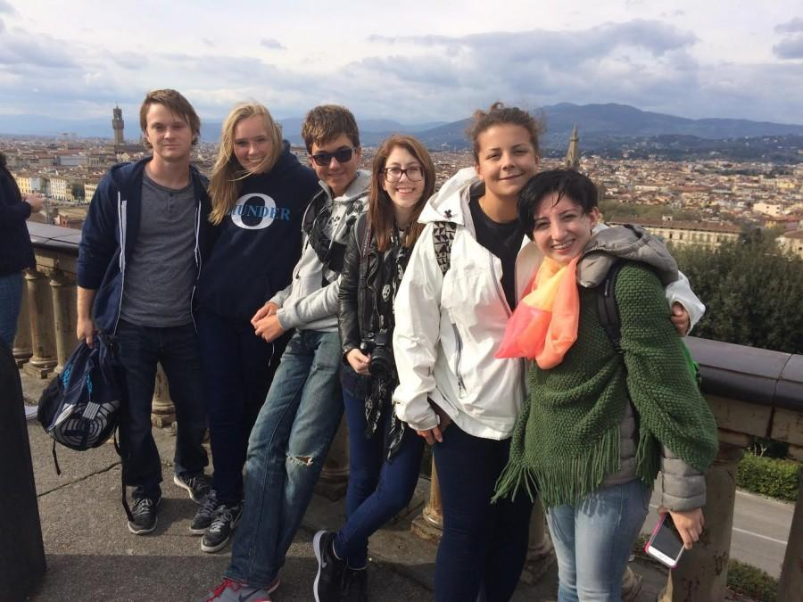 Student%27s+having+a+great+time+on+last+year%27s+Italy+trip
