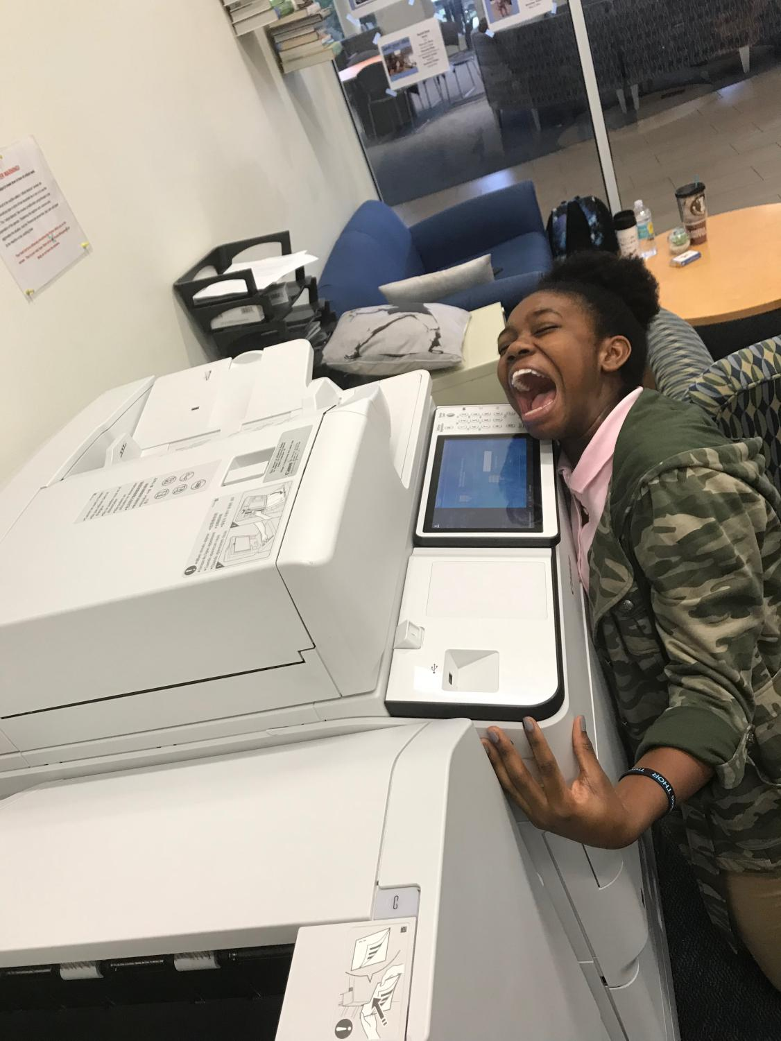 Aaliyaa Genat panicking at the printer